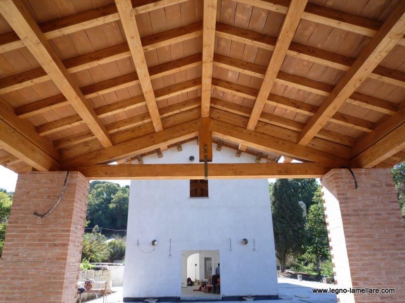 Copertura In Legno Lamellare : Copertura in legno lamellare e mattoni in cotto frascati roma