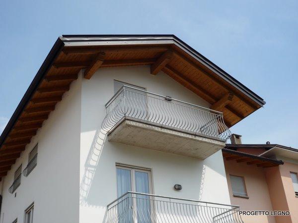 Copertura in legno lamellare valmontone roma for Montaggio tetto in legno ventilato