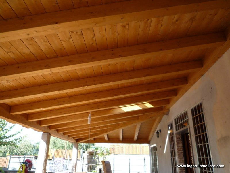 Tettoie in legno lamellare confortevole soggiorno nella casa for Tettoie in legno leroy merlin