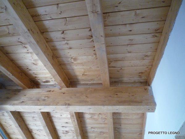 Tetto in legno lamellare roma progetto legno strutture for Montaggio tetto in legno ventilato